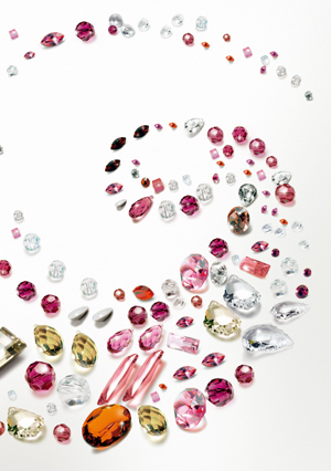 SWAROVSKI Authorized Nail Instructor